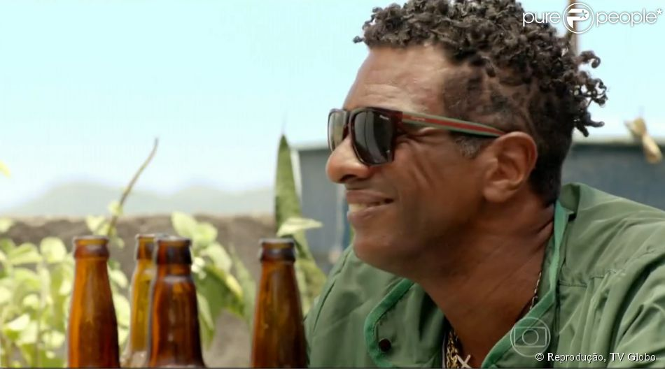 Hélio De La Peña vive bandido em 'Segunda Dama', série protagonizada por Heloísa Perissé, na Globo