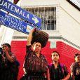 Veja um grupo de mulheres da Guatemala, locação de 'Flor do Caribe'