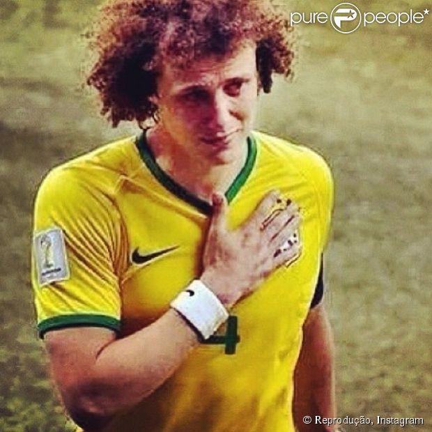 David Luiz recebeu palavras de apoio nas redes sociais após o jogo de Brasil e Alemanha: 'Tu é o cara', escreveu Juliana Paes