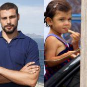 A cara do papai! Veja fotos de filhos de famosos idênticos aos pais