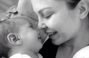 Bárbara Borges publica foto do filho sorrindo: 'Se conhecendo cada vez mais'