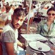 Bruna Marquezine não aparecia muito feliz nas fotos com Neymar em Ibiza