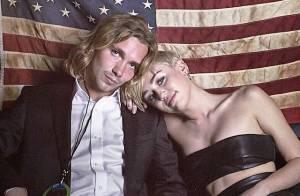 Jesse Helt, amigo sem-teto de Miley Cyrus do VMA, é procurado pela polícia