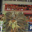 Cris Vianna estava lindíssima no posto de rainha de bateria da Imperatriz Leopoldinense no Carnaval 2013