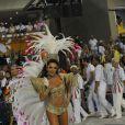 Carla Prata, pelo primeiro ano, assumiu o posto de rainha de bateria da Grande Rio