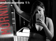 De top e short curto, Marília Mendonça exibe corpo mais magro em foto: 'Se ame'