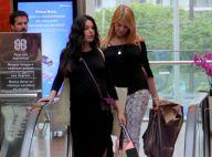 Vestido canelado e tênis rasteiro: o look de Isis Valverde ao ir às compras