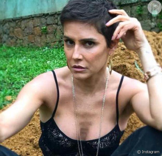 Deborah Secco despediu-se da Karola, de 'Segundo Sol', com uma mensagem emocionante no Instagram, nesta sexta-feira, 9 de novembro de 2018