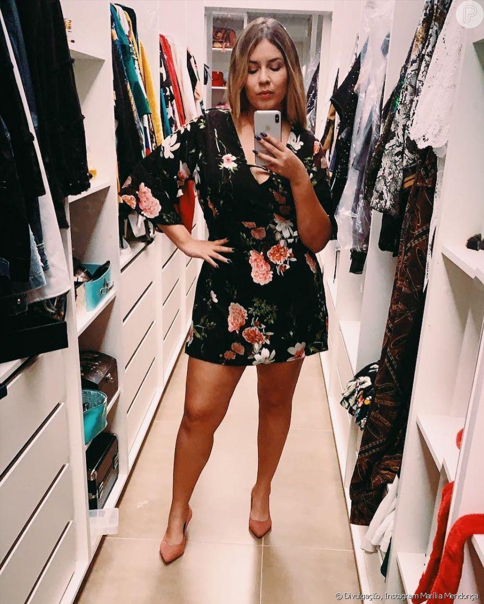 Marília Mendonça posou em seu closet neste domingo, 11 de novembro de 2018