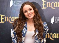 Larissa Manoela exibe cabelo frisado em pré-estreia de filme. Fotos do look!