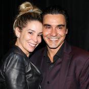 Danielle Winits e André Gonçalves comemoram 2 anos de casamento: 'Amo-te'