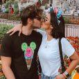 ' Tem nenis no forninho', anunciou Jade Seba em seu Instagram, neste domingo, 25 de novembro de 2018