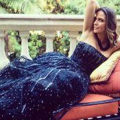 Mulher de Faustão posa com vestido de casamento após 16 anos: 'Ainda serve'