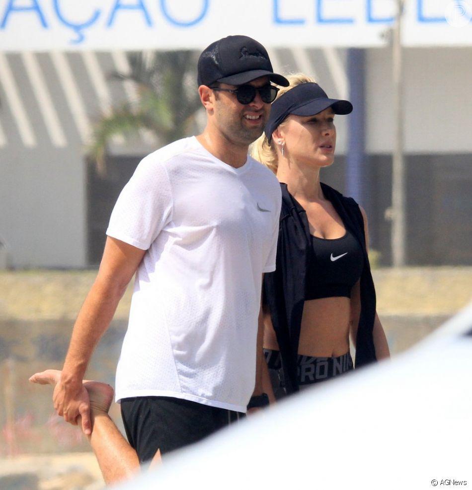 Fiorella   Mattheis e o namorado, Roberto Marinho Neto, praticam exercícios juntos