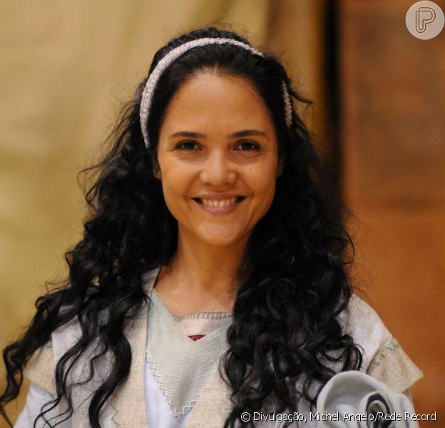 Tereza Seiblitz volta em 'Milagres de Jesus' após seis anos afastada da TV (13 de setembro de 2014)