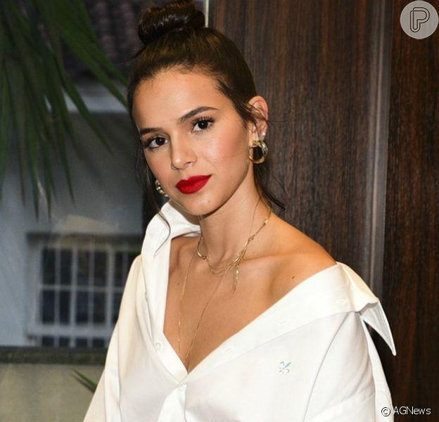 Bruna Marquezine comemorou o Natal em sua nova mansão no Rio de Janeiro