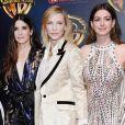 Sandra Bullock elogiou Anne Hathaway em set de filmagem de 'Ocean's 8': 'Você está linda, mamãe'