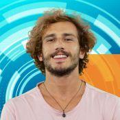 'BBB19': surfista de 26 anos, Alan é 'mulherengo' e teve só uma namorada