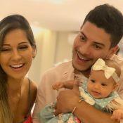Mayra Cardi ganha 'ajuda' da filha, Sophia, na cozinha: 'Minha companheira'