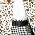 No detalhe: mix de tendências no look de Riani