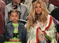 Beyoncé compara foto dela na infância e de Blue Ivy e agita web: 'Iguais'