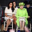 Cerca de um mês depois do casamento, Meghan Markle teve seu primeiro evento com a rainha Elizabeth II e optou por um modelo nude da Givenchy