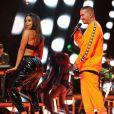 Anitta também já fez apresentações provocantes com o colombiano J Balvin