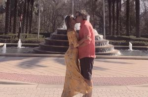 Viagem romântica! Eliana beija o noivo, Adriano Ricco, em fotos: 'Nossos dias'