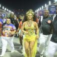 Viviane Araújo exibe boa forma e esbanja simpatia em ensaio técnico do Salgueiro, no Rio de Janeiro