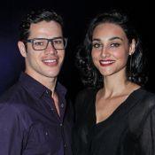 Débora Nascimento deixa de seguir José Loreto no Instagram após separação