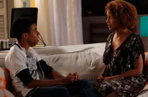 'Geração Brasil': Vicente exige que Verônica conte a Jonas que está grávida