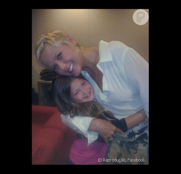 Nikki Meneghel, sobrinha de Xuxa, estreou recentemente como atriz no teatro. 'Quero ser como ela', disse a menina em entrevista ao Purepeople