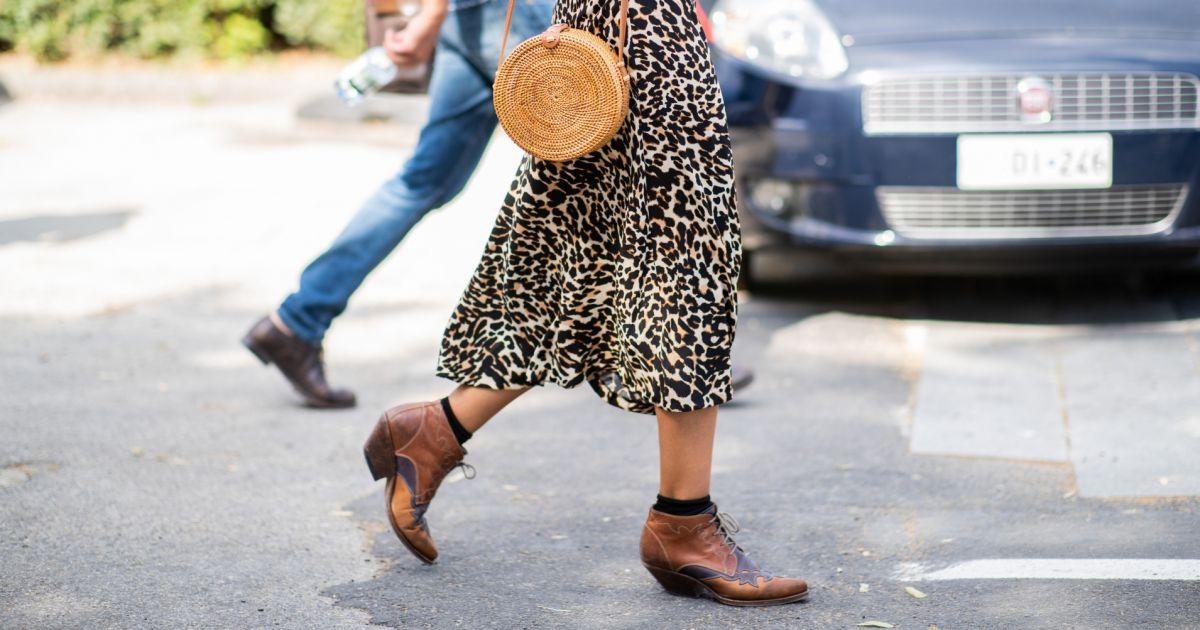 dc8d5e53b Saia midi com botas é uma das trends do outono/inverno 2019: veja looks! -  Purepeople