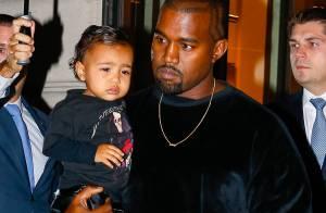 North West, filha de Kim Kardashian, já veste looks poderosos. Confira o estilo!