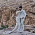 Ex-BBB Lucas Fernandes e Ana Lúcia Vilela fizeram um ensaio romântico na paisagem do cânion em Las Vegas