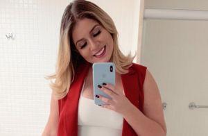 Calça destroyed e peças elegantes: o look all red de Marilia Mendonça em show