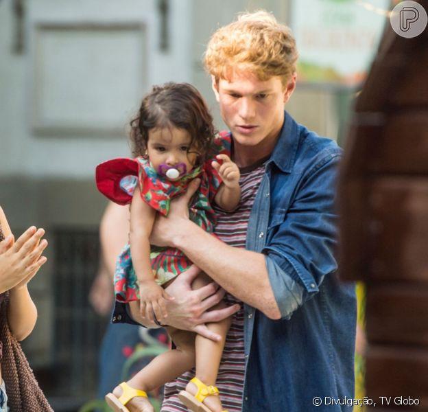 Filipe (Pedro Novaes) e Rita (Alanis Guillen) vão ficar próximos na novela 'Malhação: Toda Forma de Amar'.