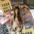 Anjinha (Caroline Dallarosa) vai ficar desesperada  só de pensar em um encontro entre Cléber (Gabriel Santana) e Marco (Júlio Machado) na novela 'Malhação: Toda Forma de Amar'.
