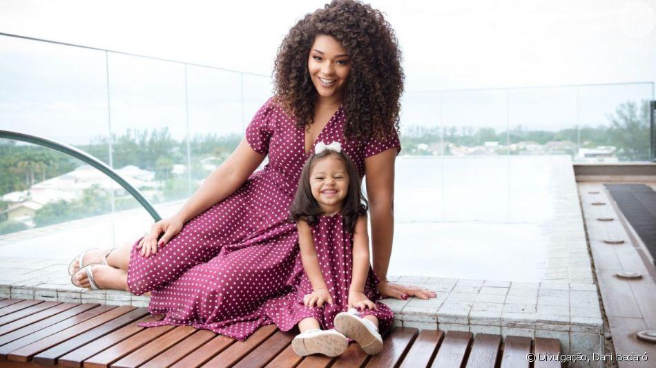 Juliana Alves fez ensaio fotográfico com a filha, Yolanda, para comemorar o Dia das Mães