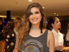 Beleza de filha de Claudia Abreu rouba a cena em estreia de peça da atriz. Fotos