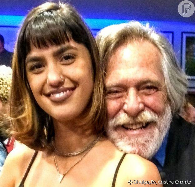 Aos 73 anos, José de Abreu engata namoro com Carolynne Junger