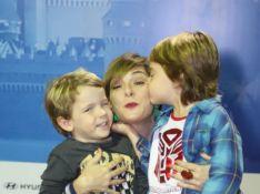 Regiane Alves, Juliana Alves e mais famosos levam filhos em espetáculo da Disney