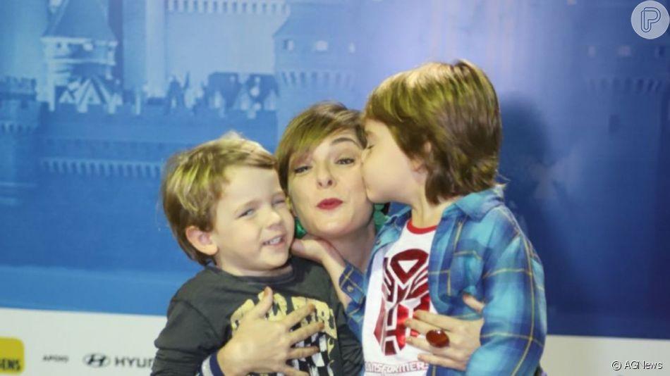 Regina Alves levou os filhos, João Gabriel e Antonio, na estreia do espetáculo 'Disney on Ice' nesta quarta-feira, 12 de junho de 2019