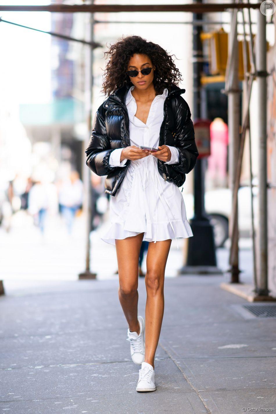 O casaco doudone, ou puffer jacket, é confortável e cheio de estilo para os looks de inverno