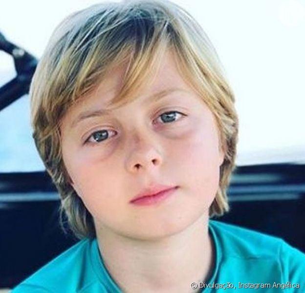 Benício, filho do meio de Angelica e Luciano Huck, sofreu um traumatismo craniano ao se acidentar praticando wakeboard
