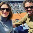 ' Felipe Andreoli, a cara pode ser sua, mas a barriga é minha', brincou Rafa Brites