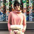 Look comfy e fashion: Giovanna Antonelli aposta na pochete de pelos