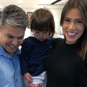 Adriana Sant'Anna mostra primeiro corte do cabelo da filha: 'Franjinha e chanel'