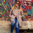 Trench coat é aposta de Giovanna Antonelli em viagens de frio
