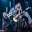 Sandy e Junior  cantaram trinta sucessos em estreia de turnê